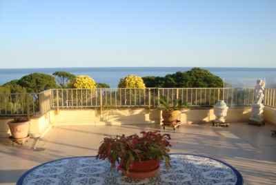Amazing 4 bedroom penthouse on the Costa Brava with an elegant outdoor terrace and sea views